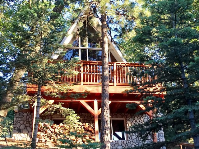 Ultimate A-Frame Cabin/Hot Tub *Lake Pass/Fire Pit