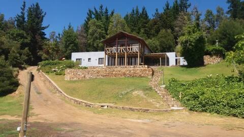 Familiar y espaciosa casa en lago Vichuquen