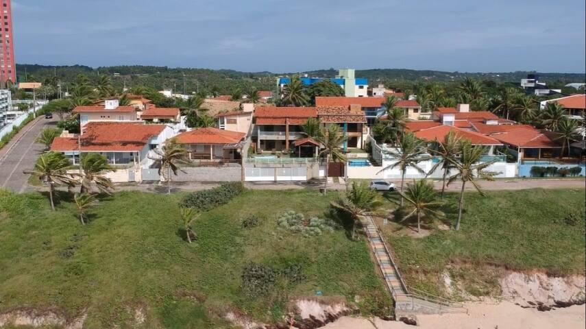 Excelente casa de frente a praia de Cotovelo.