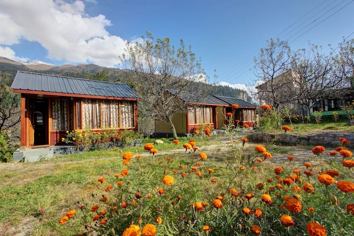 Camping huts for summer and winter treks, family