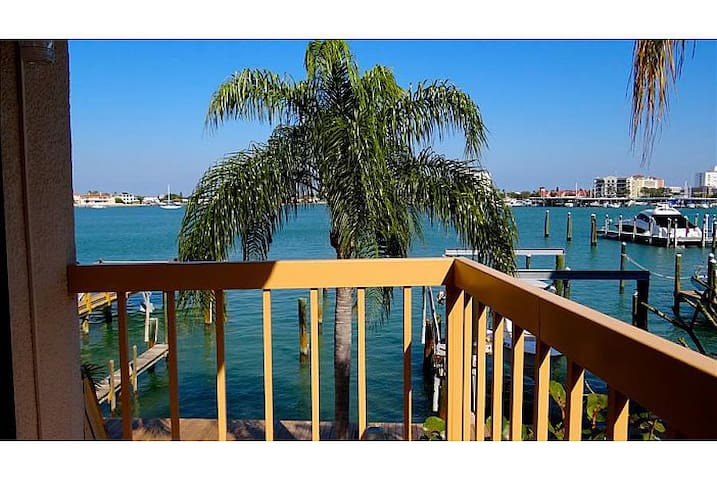Serenity on Clearwater Beach Suite 8