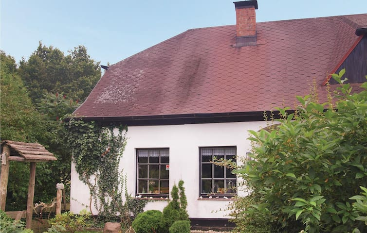 Semi-Detached with 1 bedroom on 90m² in Sassnitz
