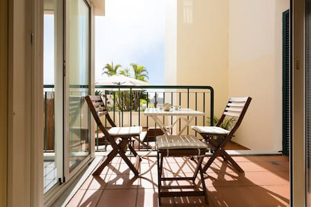 Apartment in the heart of Funchal + Parking
