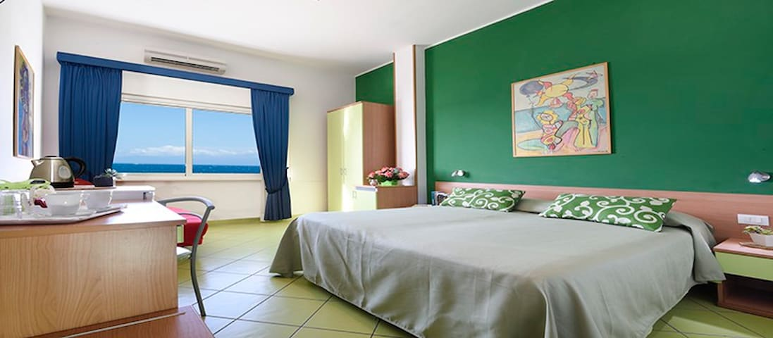 sleep on beach 3 - green room