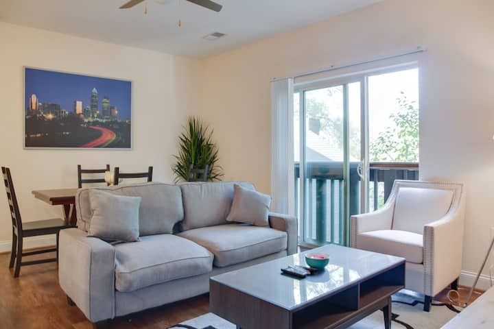 Spacious 2BR in Plaza Midwood w/ Parking