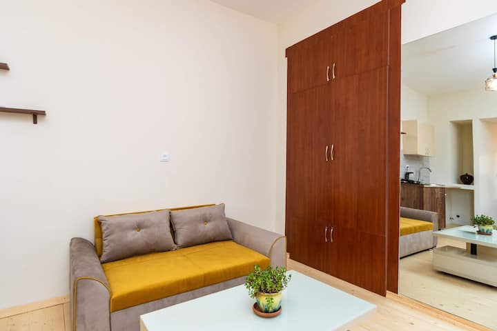 "Guest house ""SADAGA"" Newly renovated apartment"