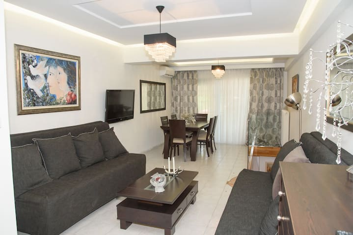 Glifada Calm Luxury Flat