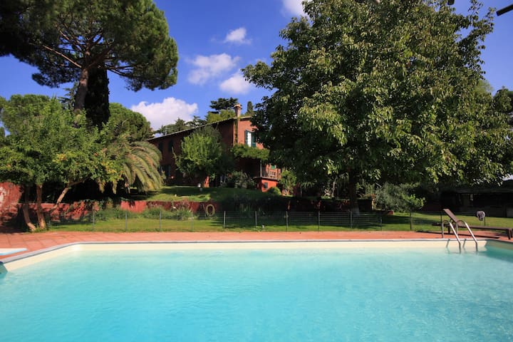 ROME Villa with pool, 5km from the old city center - Rooma - Talo