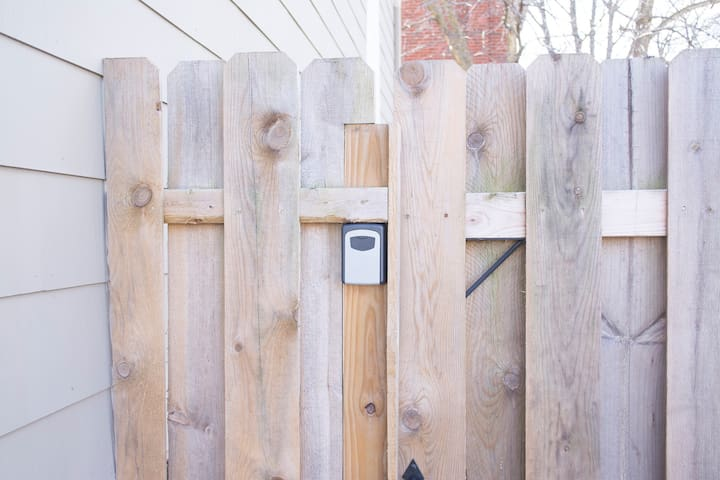 We have keyless August smart lock entrance, but regular keys are also provided in a lockbox just in case as a secondary entrance option