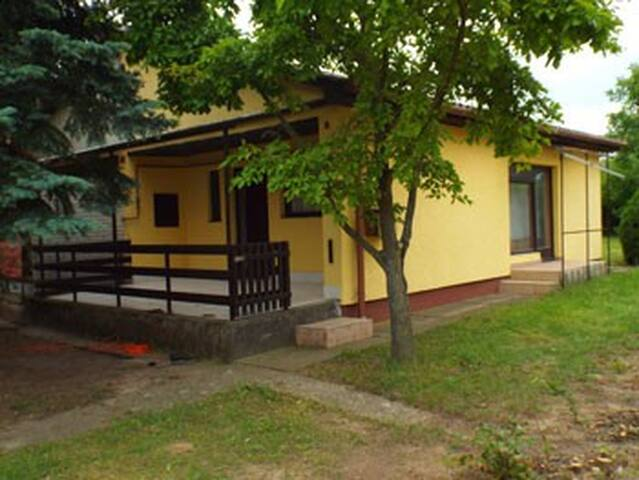 House for 4 people at Balatonlelle - Balatonlelle - House