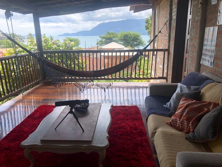 Penthouse a 60 metros da praia - Viela Embaúba
