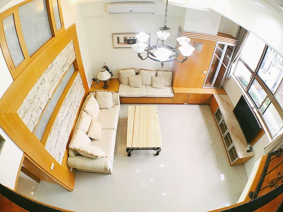 客廳,鳥瞰圖。the eagle view of living room.