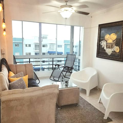 3 bedroom apt. Near to beaches airport  and city.