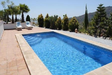 Finca Marlisa - in Ruhe genießen - Málaga - Haus