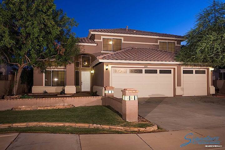 Welcome to our beautiful Arizona home 1.5 miles East of the Cardinals Stadium - Glendale - Appartement