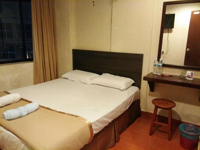 Backpackers Ganu Lodge