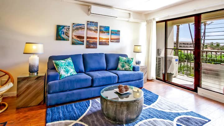 Beautiful Air Conditioned Condo Steps fm the Beach