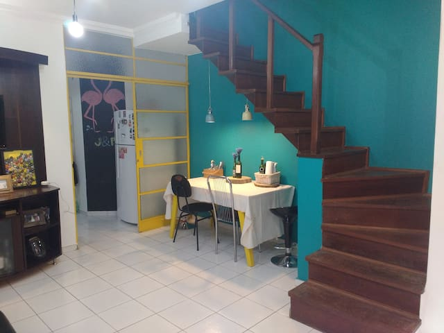 Double room in Pampulha with private balcony - Belo Horizonte - House