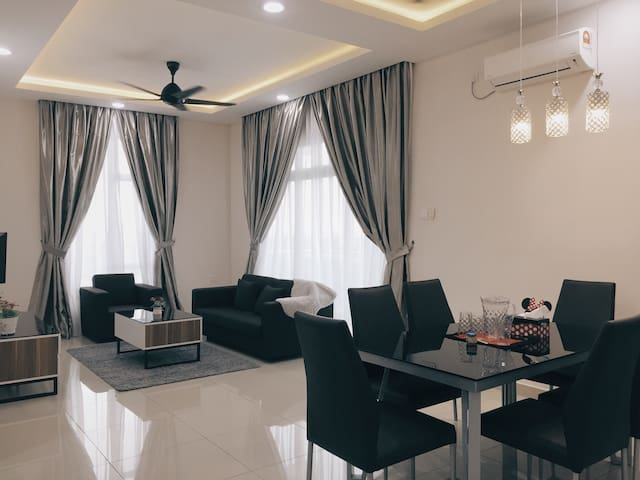 Mordern Homestay with HighFloor view in Larkin, JB - Johor Bahru - Kondominium