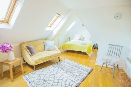 Romantic studio real Parisian life - Париж - Квартира