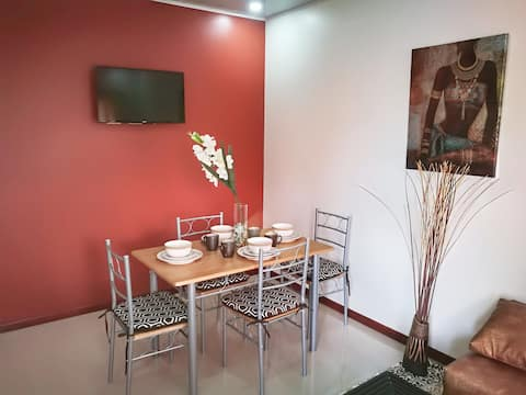 """BEAUTIFUL """"BED & BREAKFAST"""" APARTMENT IN LIMÓN #2"""