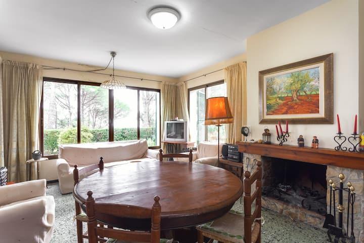 Beautiful villa in costa Brava resort