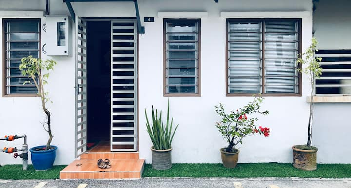 SInar Ara Homestay-a cozy house while on the go