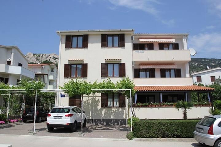 ZLATICA 2 FLOOR No1 - Baška - Huis