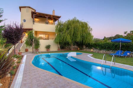 Four bedr holiday home Lambros, countryside - Rethymno - Rumah