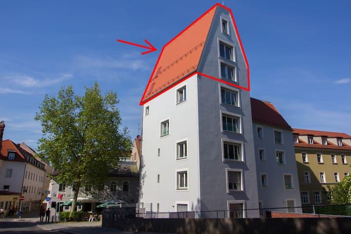 Höchstgelegenstes Bett der Regensburger Altstadt