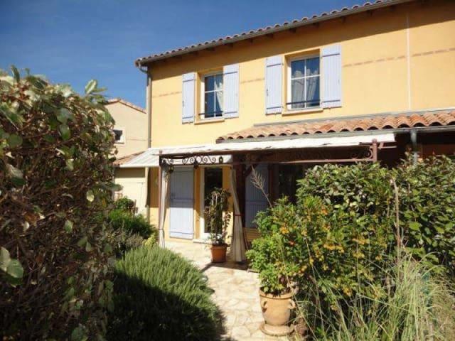 Chambre dans maison. piscine dans résidence privée - Carcassonne - Haus