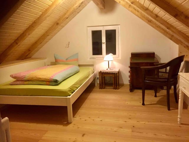 Room under the roof Grand Chalet Murnau 1-2 people