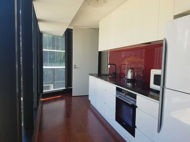 Brand new 2br apartment with fantastic location - Carlton - Daire