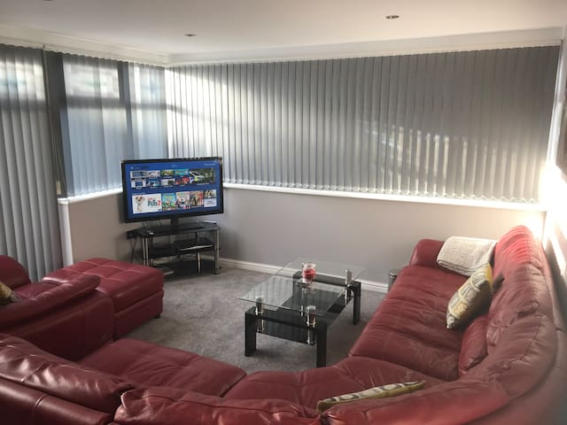 A Superb Self Contained, One Bedroom Apartment,