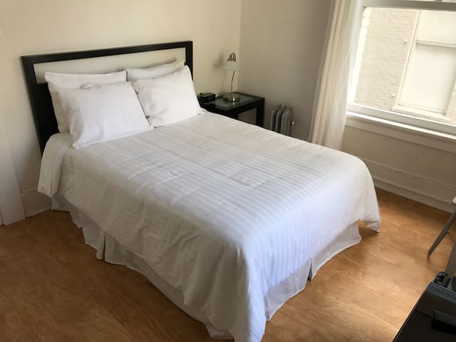 Nice new linens on the bed.