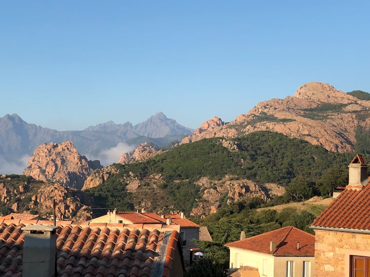 Maison de village à Piana, Corse