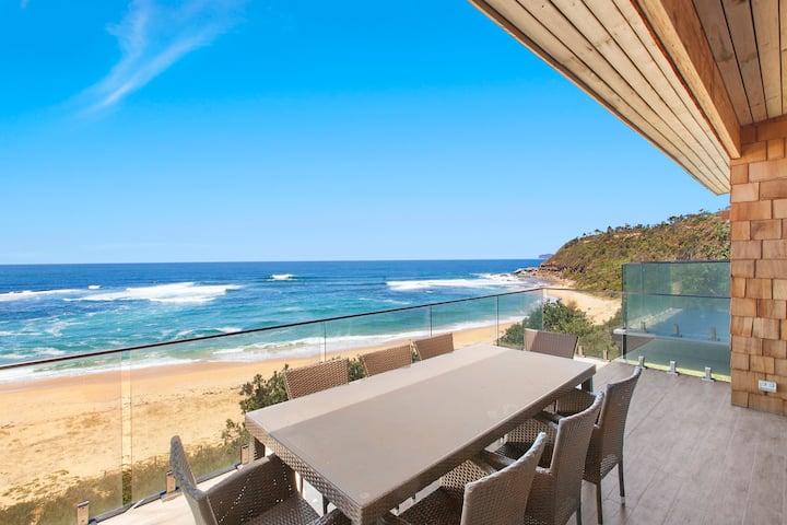 ACCOM HOLIDAYS | Seaboard | Forresters Beach