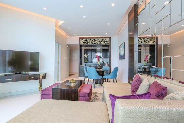 Canal View One Bedroom || Downtown Dubai