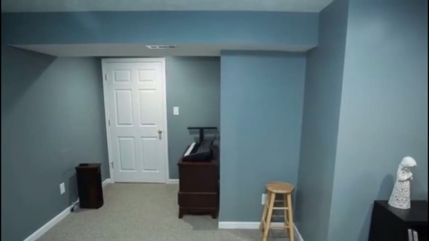 House available for graduation weekend - Madison Heights - House