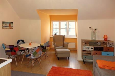 Arrabal. Wohnung mit Dachbalkon auf 2 Etagen