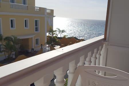 Beautiful Apartment in Puerto Naos
