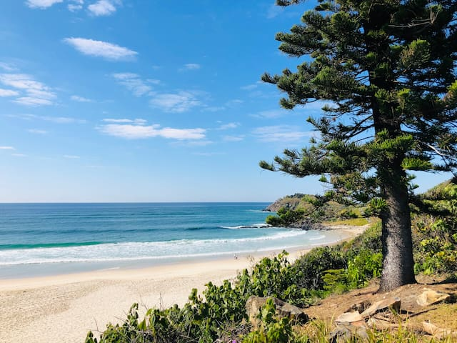 BEACHFRONT LOCATION– XLARGE 2 BED – CABARITA BEACH