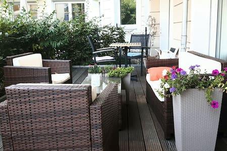 Sehr schöne  Wohnung nahe Schönhauser Allee - Berlin - Lägenhet