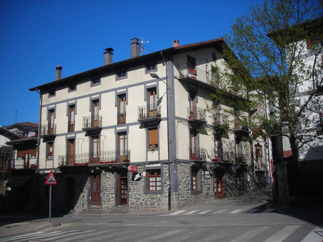 Casa acojedora en Leitza cerca Donostia y Pamplona - Leitza - Lejlighed