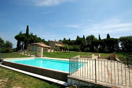 Detached house with private pool near Todi/Perugia - Gualdo Cattaneo - 獨棟