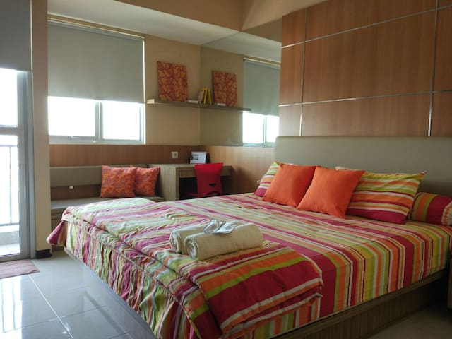 Cozy Studio Apt in strategic area - Jakarta Utara - Apartamento