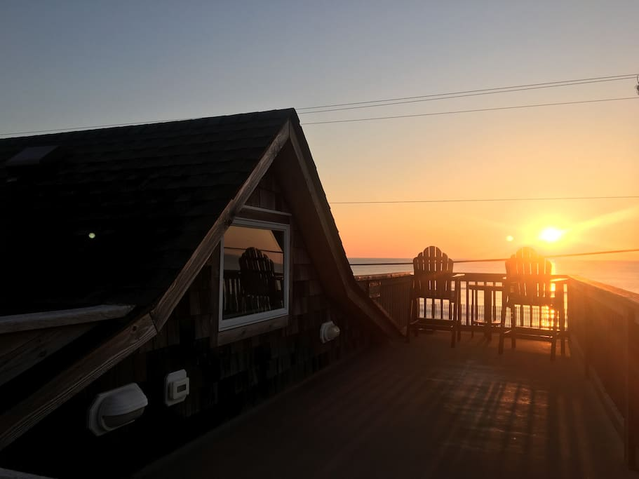 Grab your coffee and catch the sunrise from the top deck!
