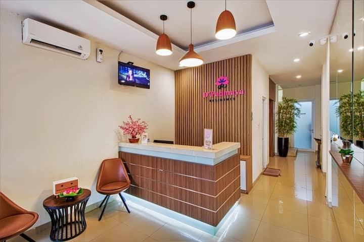 Charming Room at D'Padmaya Residence