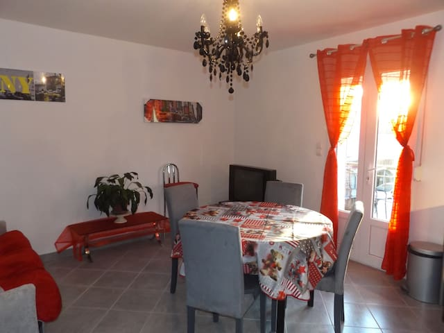 Appartement 4 personnes à Vergèze - Vergèze - Apartment
