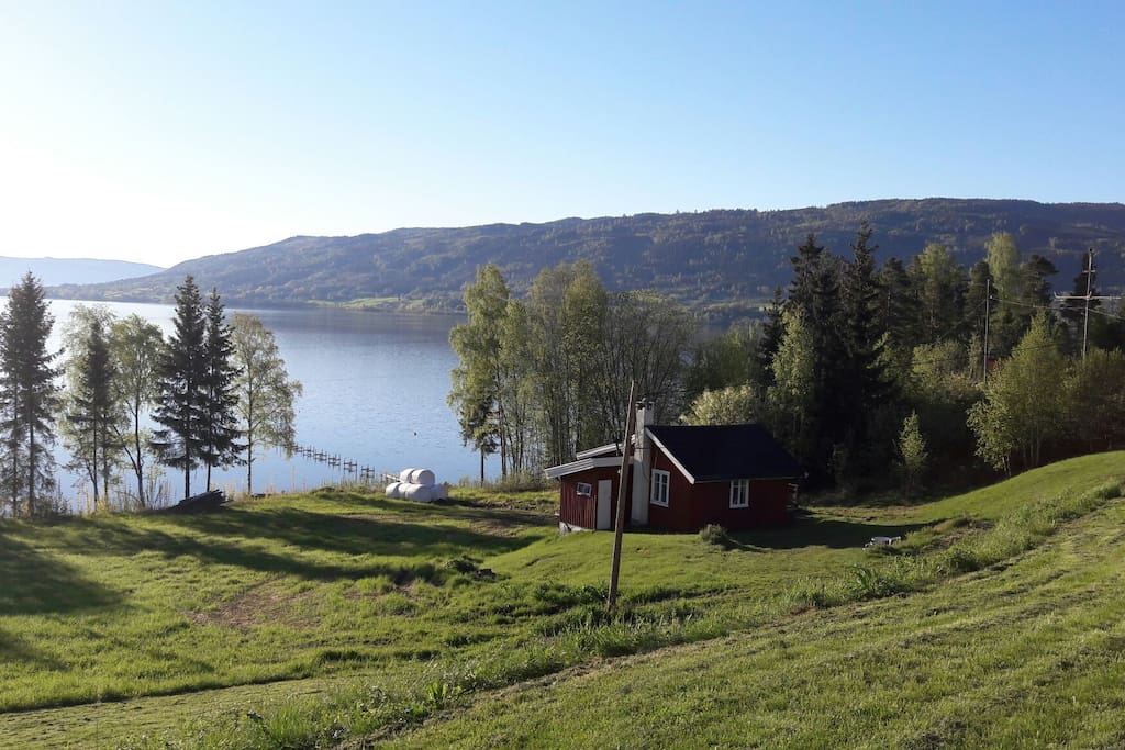 Solrik utsikt over Tyrifjorden